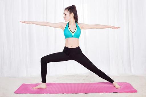 5 tư thế đơn giản tập yoga tại nhà giúp cải thiện sức khỏe