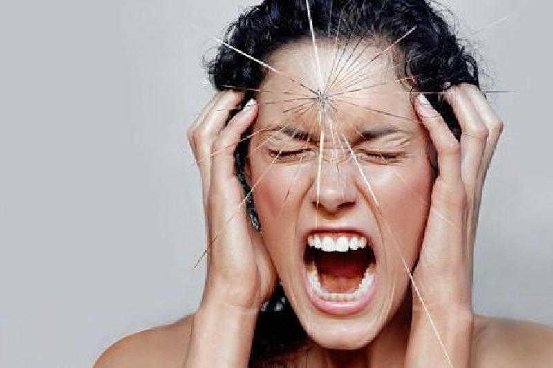 Nguyên nhân và cách điều trị mỏi cổ với ghế massage